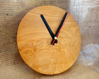 Mural Wall Clock in Wood Native Mañio made in Chiloe - Chile