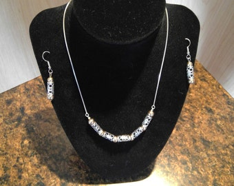 Sterlin silver earings and necklace