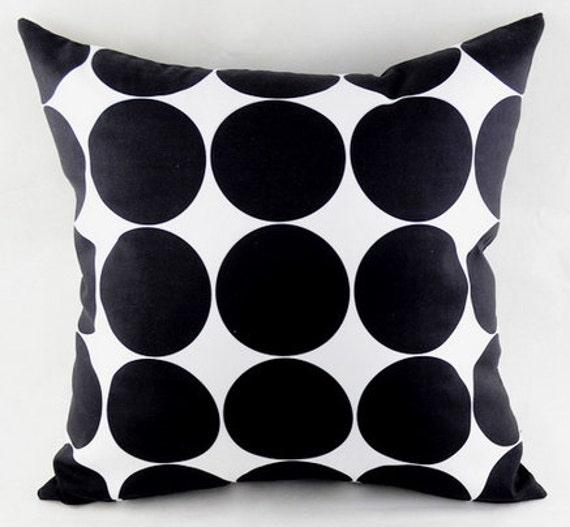 BLACK POLKA cushion