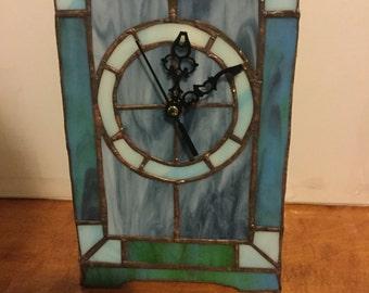 Mantle clock/ Desk clock