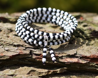 Ladies Bracelet, White and Black Glass Beaded Wrap Bracelet, Beaded Memory Wire, Wrap Bracelet, Five Wrap, Memory Wire Bangle,