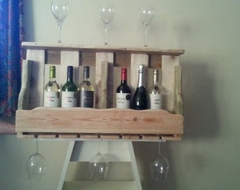 Wine rack shelf made from upcycled pallet wood