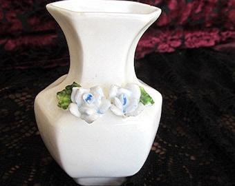 Miniature ceramic vase pot ceramic white blue relief roses vintage 70s cottage style.