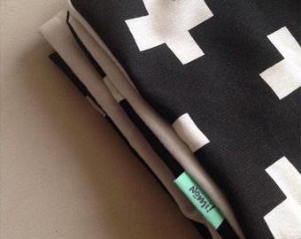Crib blanket White cross