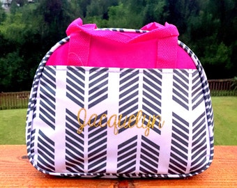Gray Chevron lunch bag,Arrow lunch bag,Pink Trim lunch bag,Insulated lunch bag,personaliz lunch bag,picnic bag,bottle bag,drink holder,lunch