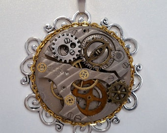Vintage Watch Movement Steampunk Pendant