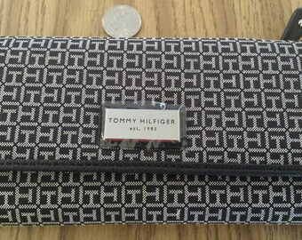 New with tags Tommy Hilfiger trifold wallet
