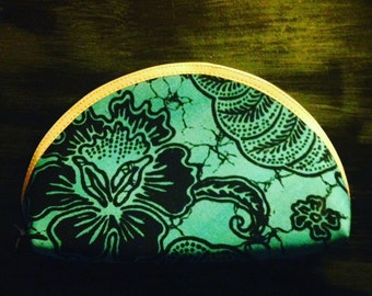 batik purse with 5 minis inside