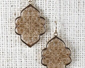 Filigree fascination earrings - gold