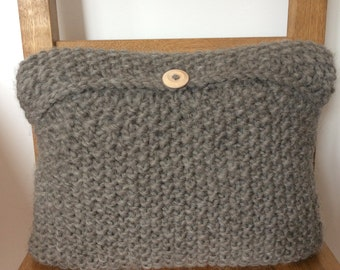 Wool Seed Stitch Cushion Cover Knitting Kit. Craft Kit and Christmas gift for yarn and fibre lovers. DIY gift.