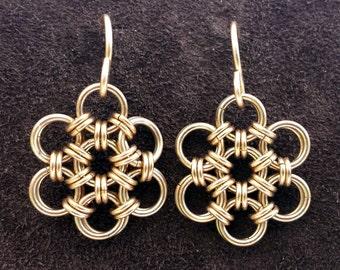 Hana Gusari Snowflake Chainmail Earrings - 14kt Gold Fill