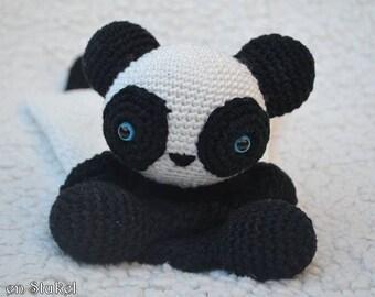 Black and white panda bear blankie rammeltje