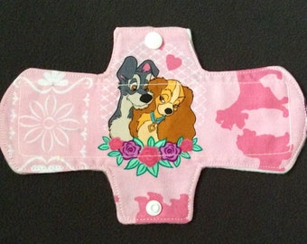 """7""""Lady and the Tramp liner"""