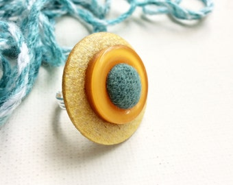 Adjustable ring Wool | Adjustable ring with vintage buttons | Ring yellow mustard and teal green | Button Jewelry