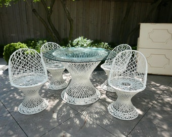 Mid-Century Spun Fiberglass Outdoor Dining Set