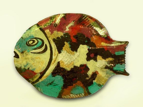 Hand painted glass plate shaped fish for Painted glass fish