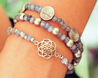 Gift For Her // Girlfriend Gift // Woman Bracelet // Labradorite Bracelet // Seed Of Life Charm // Gemstone Bracelet // Bridesmaid Gift