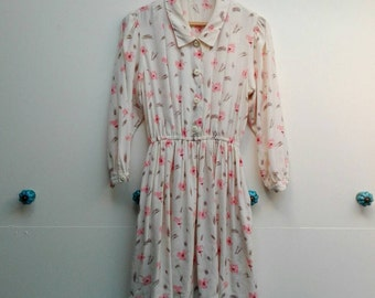 Miss Priss vintage collared dress with pink flowers 70s