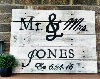 Personalized Mr. and Mrs. Wood Wedding Sign, Last Name Sign, Wedding Gift, Personalized Wedding Sign, Wedding Sign, Mr. and Mrs., Shiplap
