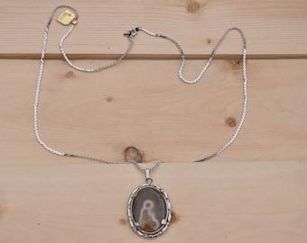 Vintage Trifari Necklace,  Agate Pendant Silver Tone Necklace