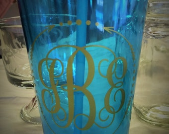 Personalized Cup with Straw/Personalized tumbler/Monogram tumbler/Monogram Cup/Gift/Monogram Gift/Colorful Tumbler/Tumbler with Straw
