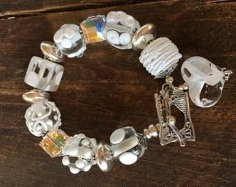 Chunky Glass Bracelet. Lampwork Bracelet. Women's Beaded Bracelet. Heart Pendant Bracelet. Glass Blown Bracelet. One of a Kind Bracelet.