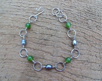 Fresh water pearl and green stone (sterling silver) bracelet