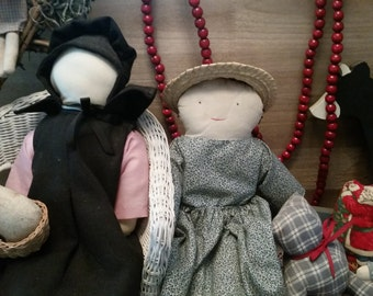 Amish/Folk Dolls