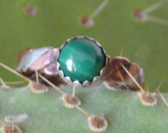 Silver/copper ring with malachite