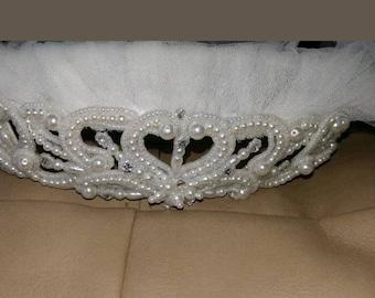 Bridal headpiece with veil