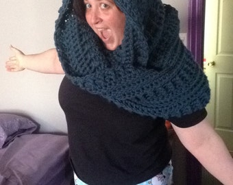 Large infinity snood