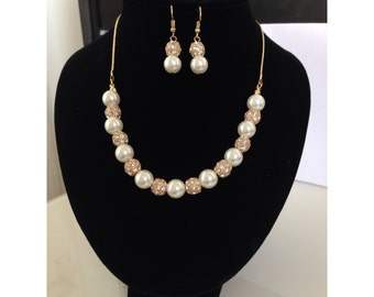 Gold And Cream Pearl Colour Crystal Necklace And Earring Set.