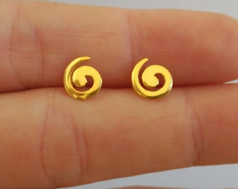 Pending spiral, handmade silver with gold two bathrooms.