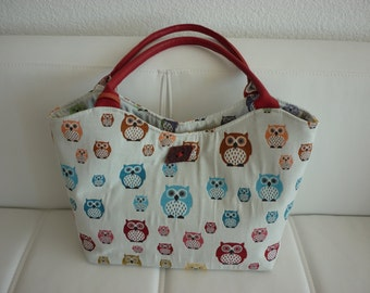 Sophisticated owl bag with zip clutch