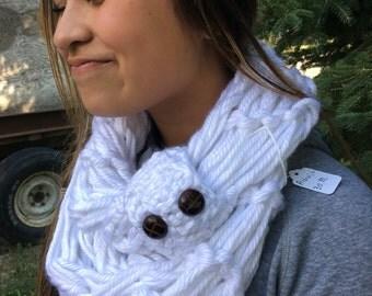 White arm knit scarf