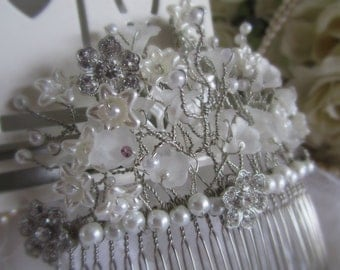 Floral Pearl Hair Comb