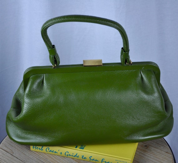 Green Midcentury 1960s Leather Saber Handbag with Gold Clasp