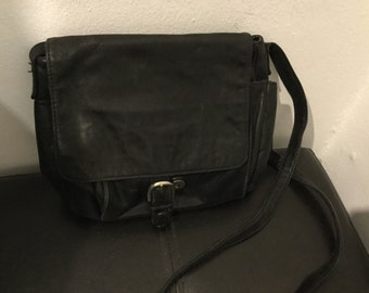 Vintage black leather purse from the 1980's