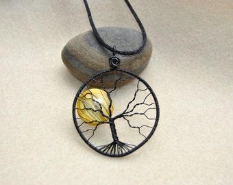 Tree of Life Gold Striped River Shell Lentil Bead Pendant - Item 014