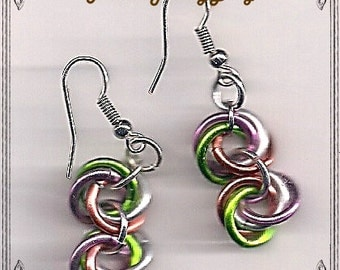 Chainmaille Love Knots