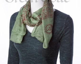 om yoga meditation scarf green & red