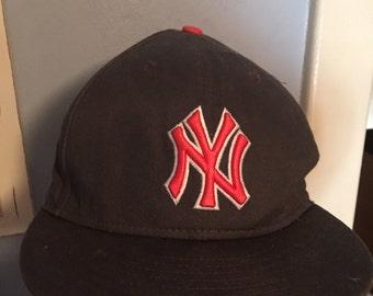 New York Yankee's Snapback New Era 90's Colorway