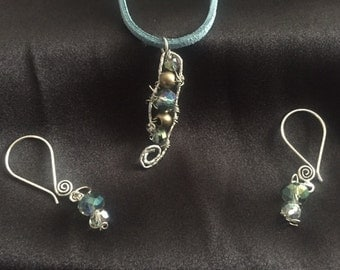 Turquoise Leather with Metal and Bead Pendant Necklace with Earrings