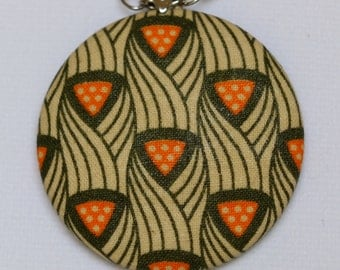 Retro fabric pendant necklace