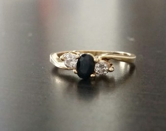14kt gold Sapphire and Diamond ring