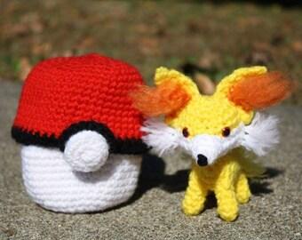 Crochet Pokémon Fennekin in Pokéball Amigurumi