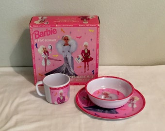 1994 FAO Schwarz Barbie Dinnerware Set Mint in Box