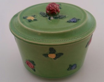 Green Rose Bud Vanity Powder Box With Lid/1930's/Vanity Powder Box/Rose Bud/Powder Box/Jar with Lid/Box with Lid/Vanity Decor/Made in Japan