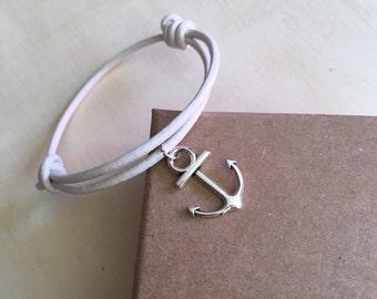 String White Leather Bracelet