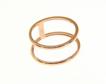 750/000 Gold double finger ring in rose gold, white and yellow